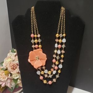 Gorgeous Vintage Style Flower Statement Necklace